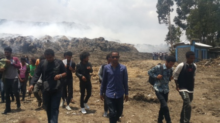 EiABC Students Sympathize with Koshe Landslide Victims